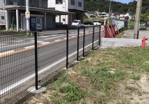 和歌山県紀の川市 フェンス補修